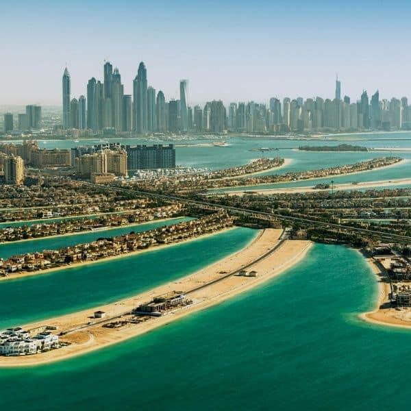 https://croazieremediterana.ro/wp-content/uploads/2019/11/croaziere-emiratele-arabe-unite-si-dubai.jpg